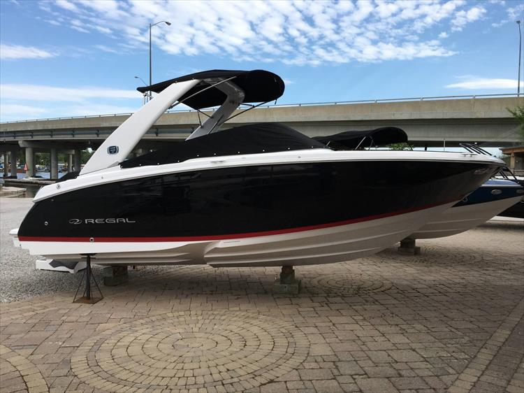 Photo 3 of 32 - 2019 Regal 22 Fasdeck for sale