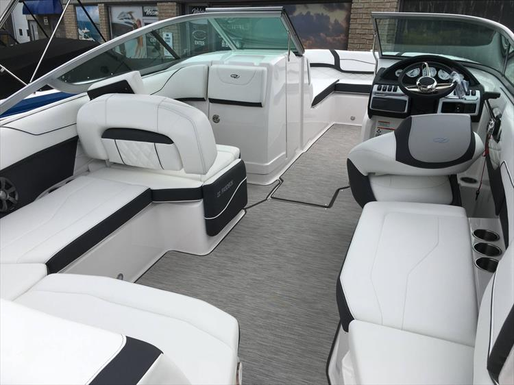 Photo 11 of 32 - 2019 Regal 22 Fasdeck for sale