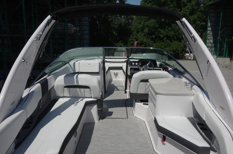 Photo 5 of 27 - 2019 Regal 26 Fasdeck for sale