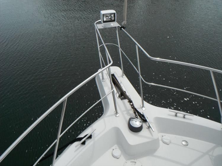 Photo 8 of 67 - 1997 Carver 445 Aft Cabin Motor Yacht for sale