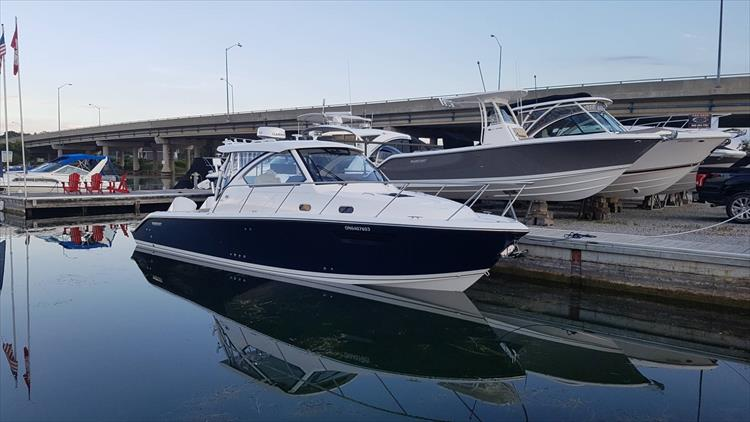 Photo 2 of 7 - 2018 Pursuit OS325 for sale