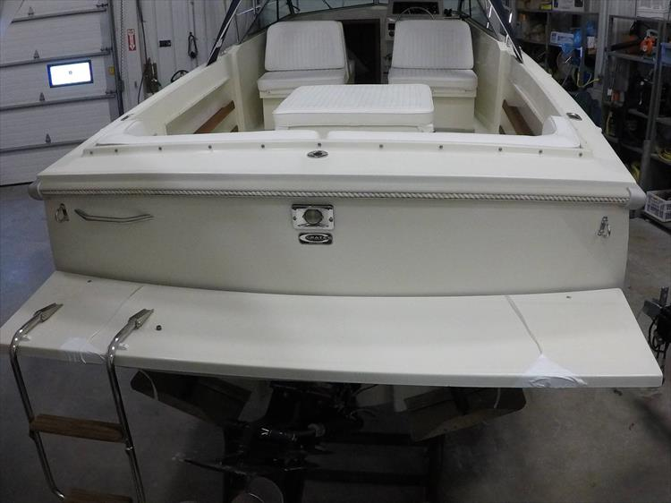 Photo 9 of 37 - 2003 Limestone 22 Closed Deck for sale