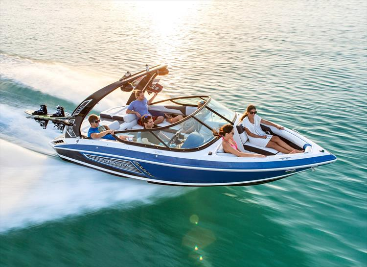 Photo 4 of 16 - 2019 Regal 21 RX Surf for sale
