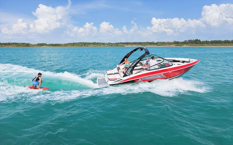 2019 Regal 23 RX Surf - Crate's Lake Country Boats - New