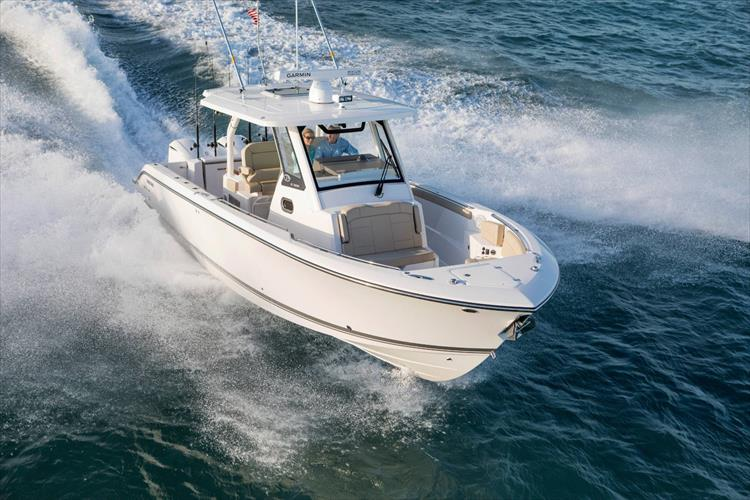 Photo 3 of 34 - 2019 Pursuit S 328 for sale