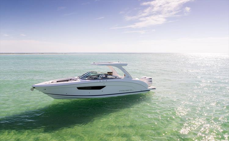 Photo 7 of 37 - 2019 Regal 33 OBX for sale