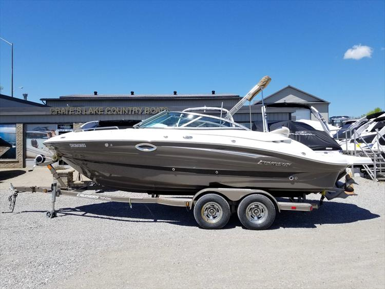 Photo 2 of 38 - 2013 Cruisers Yachts 238 Bowrider for sale