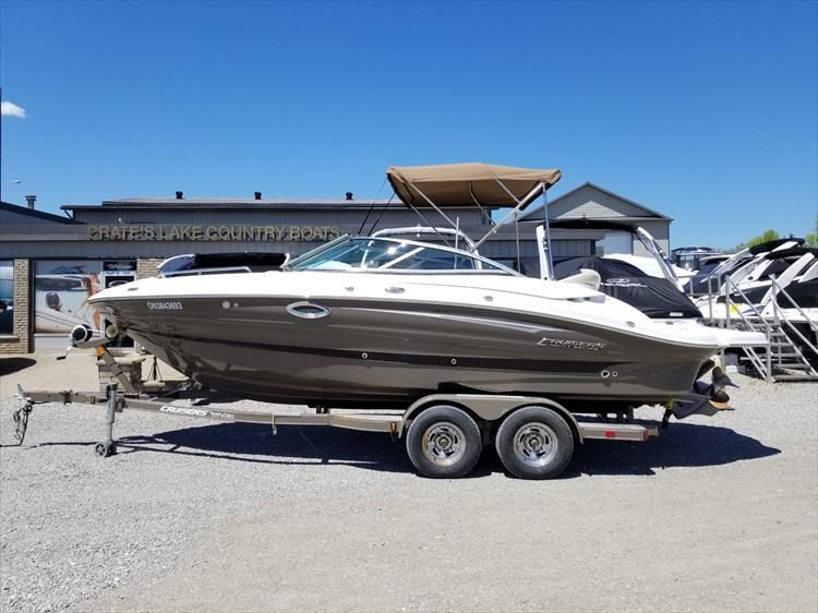 Photo 3 of 38 - 2013 Cruisers Yachts 238 Bowrider for sale
