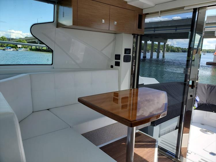Photo 54 of 76 - 2020 Cruisers Yachts 42 Cantius for sale