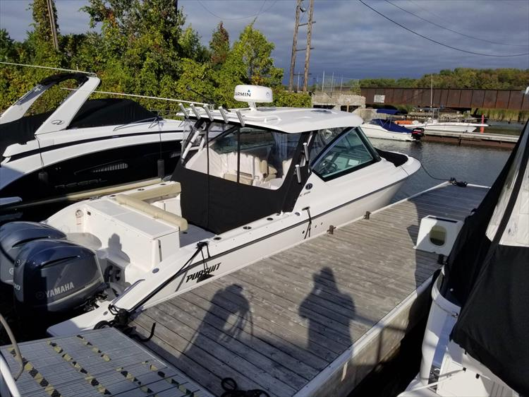 Photo 4 of 36 - 2017 Pursuit DC 295 Dual Console for sale