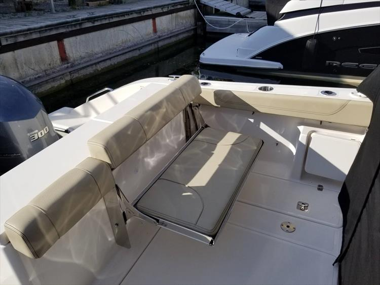 Photo 6 of 36 - 2017 Pursuit DC 295 Dual Console for sale