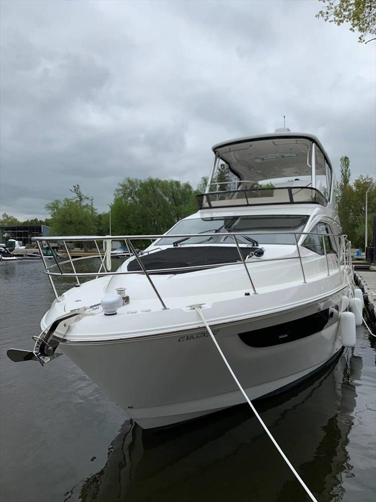 Photo 3 of 60 - 2018 Sea Ray 460 Fly for sale