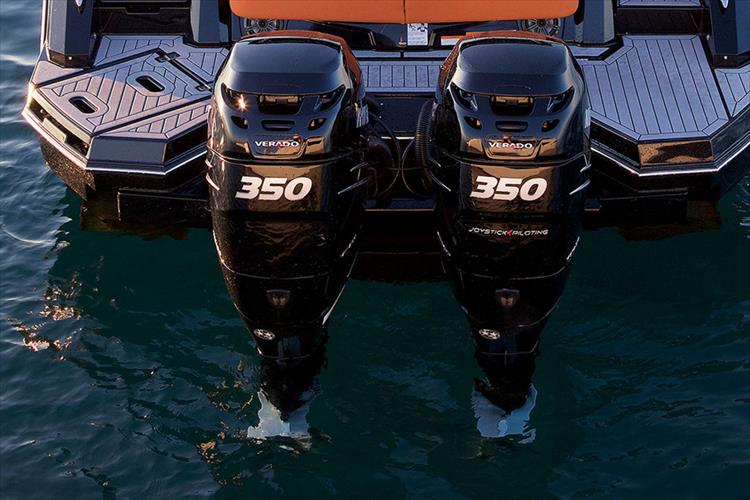 Photo 6 of 14 - 2020 Cruisers Yachts 338 Outboard for sale