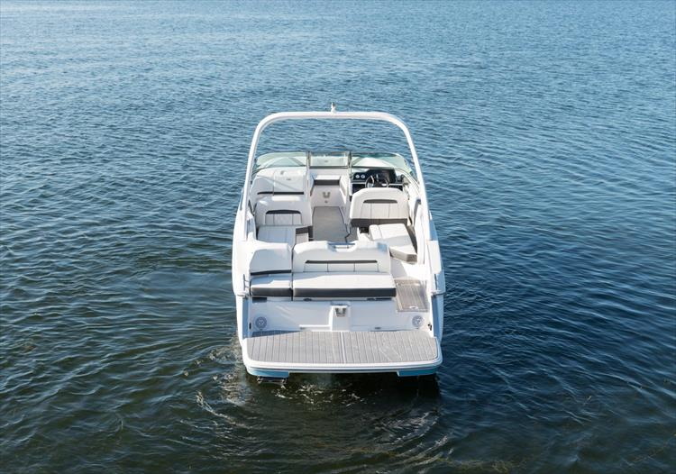 Photo 10 of 50 - 2021 Regal 26 Fasdeck for sale