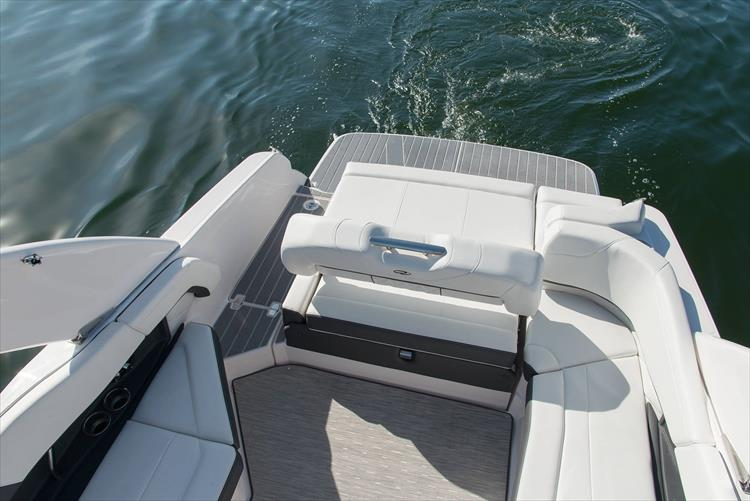 Photo 36 of 50 - 2021 Regal 26 Fasdeck for sale