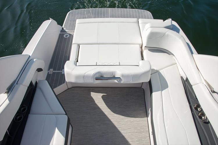Photo 37 of 50 - 2021 Regal 26 Fasdeck for sale