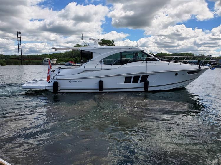 Photo 1 of 45 - 2017 Cruisers Yachts 45 Cantius for sale
