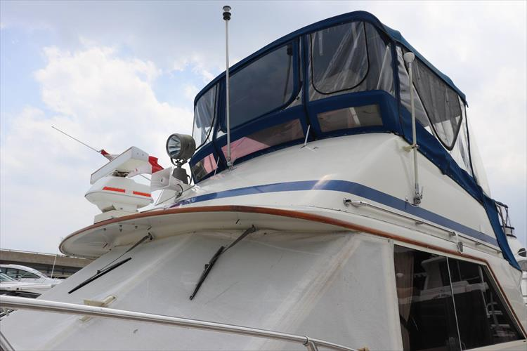 Photo 9 of 73 - 1977 Chris Craft 42 Convertible for sale