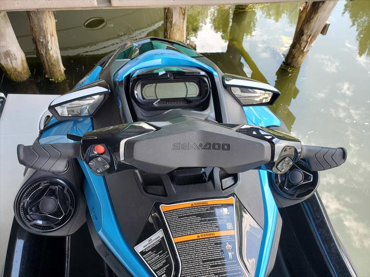 Photo 3 of 7 - 2019 Sea Doo RXT-16KC - 230HP for sale