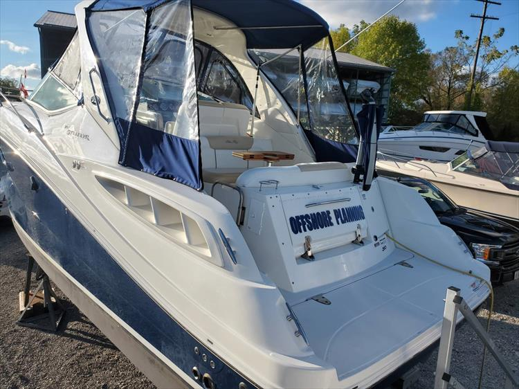 Photo 4 of 40 - 2008 Sea Ray 310 Sundancer for sale