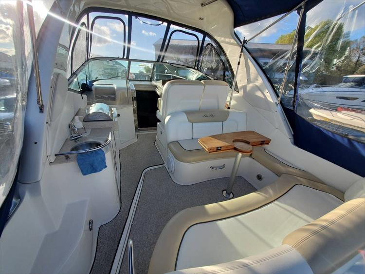 Photo 7 of 40 - 2008 Sea Ray 310 Sundancer for sale