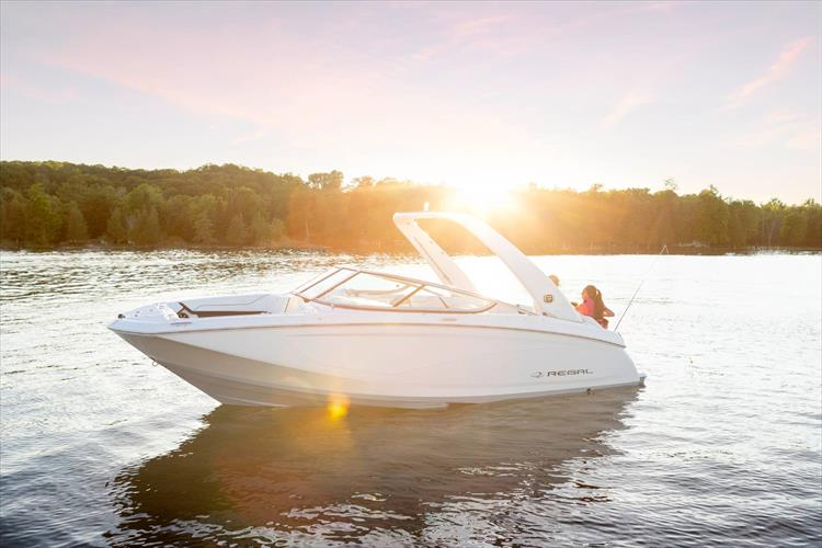 Photo 9 of 37 - 2021 Regal 22 Fasdeck for sale