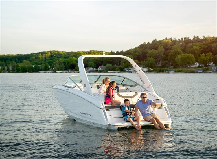 Photo 10 of 37 - 2021 Regal 22 Fasdeck for sale