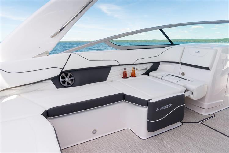 Photo 22 of 37 - 2021 Regal 22 Fasdeck for sale