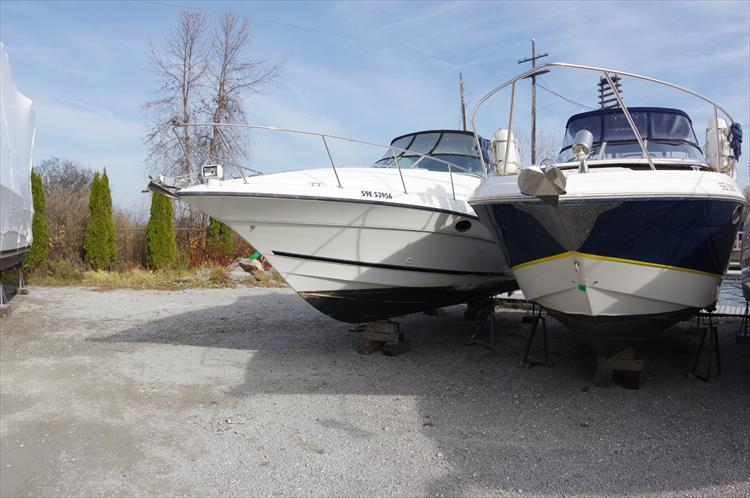 Photo 2 of 30 - 1997 Doral 300 SC for sale