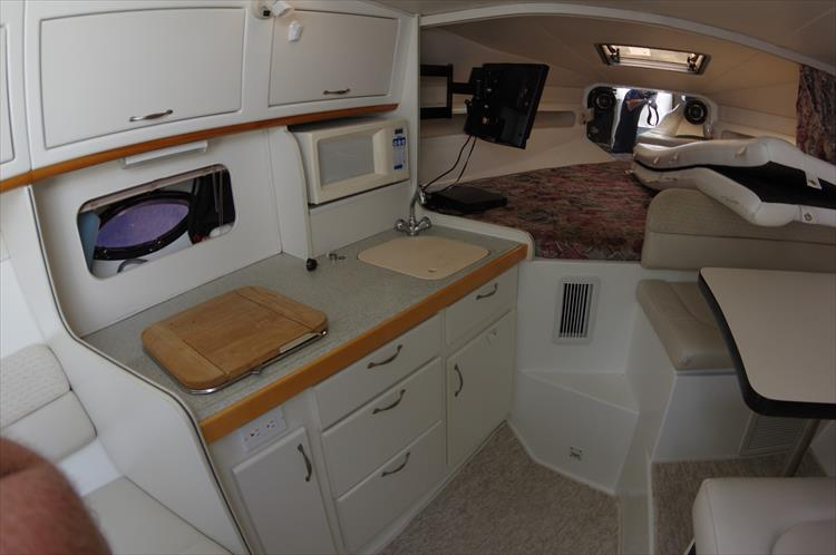 Photo 14 of 30 - 1997 Doral 300 SC for sale