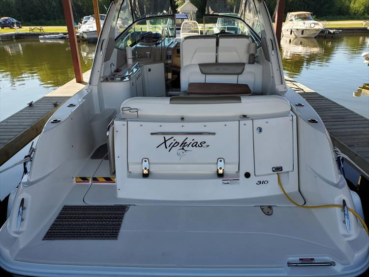 Photo 2 of 36 - 2007 Sea Ray 310 Sundancer for sale