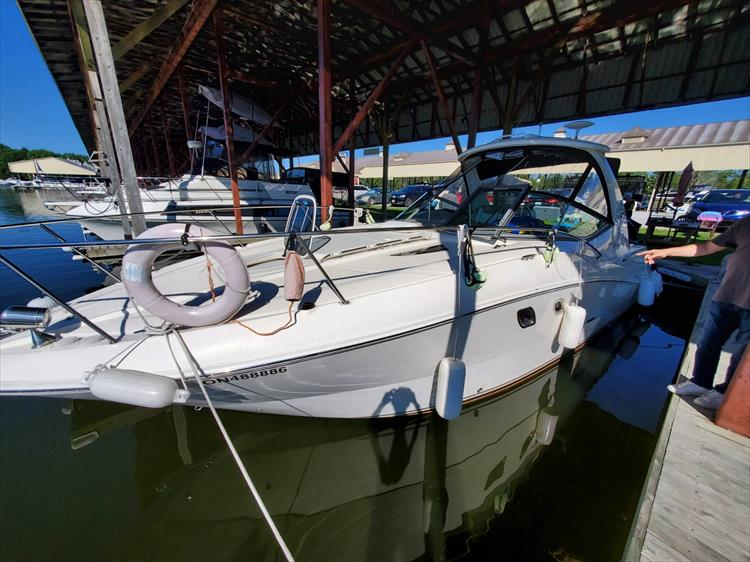 Photo 3 of 36 - 2007 Sea Ray 310 Sundancer for sale