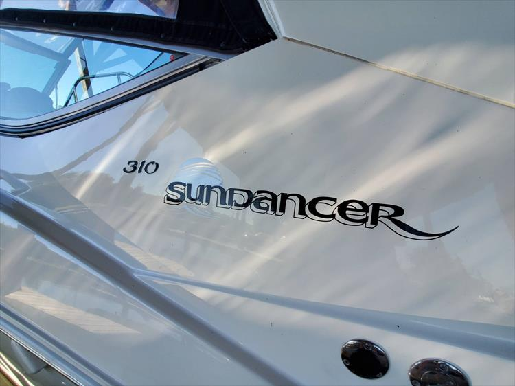 Photo 5 of 36 - 2007 Sea Ray 310 Sundancer for sale