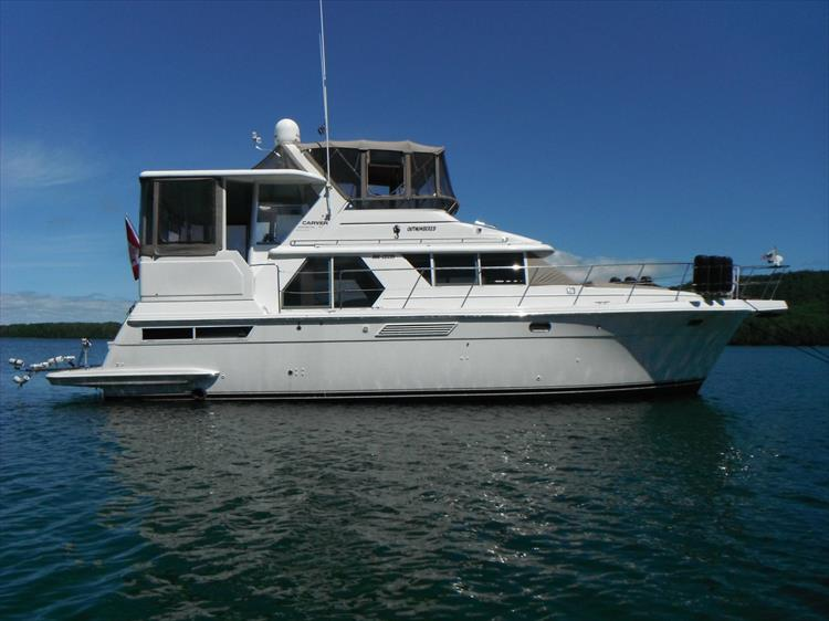 Photo 5 of 70 - 1997 Carver 445 Aft Cabin Motor Yacht for sale