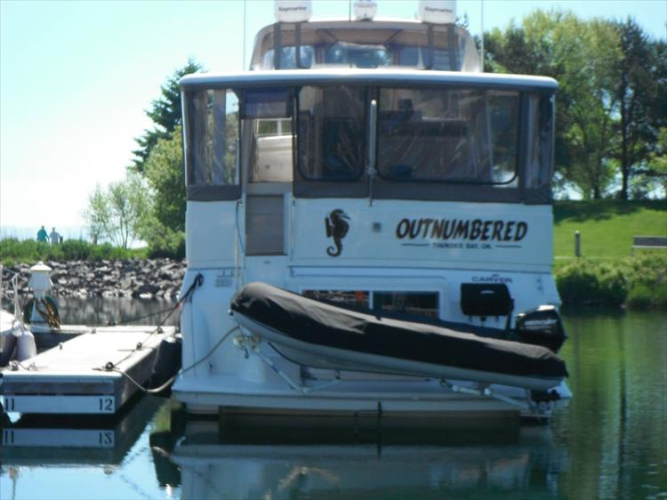 Photo 8 of 70 - 1997 Carver 445 Aft Cabin Motor Yacht for sale