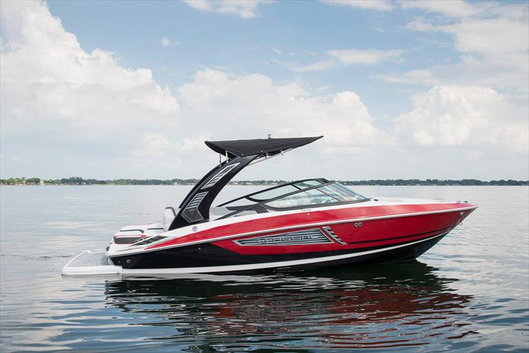 Photo 4 of 26 - 2020 Regal 23 RX Surf for sale