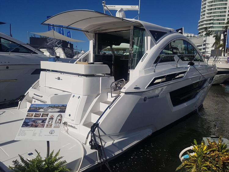 Photo 1 of 40 - 2021 Cruisers Yachts 50 Cantius for sale